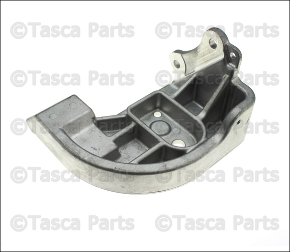 Brand new oem mopar engine mount bracket 2007 chrysler for Chrysler pacifica motor mounts