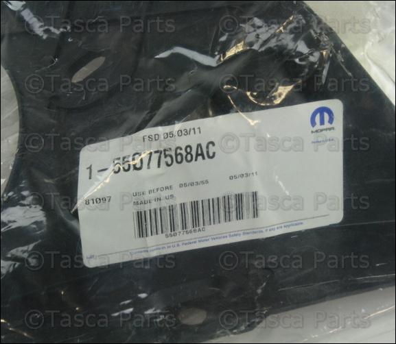 NEW OEM MOPAR RIGHT SIDE REAR BUMPER BRACKET 2004-2006 DODGE DURANGO #55077568AC