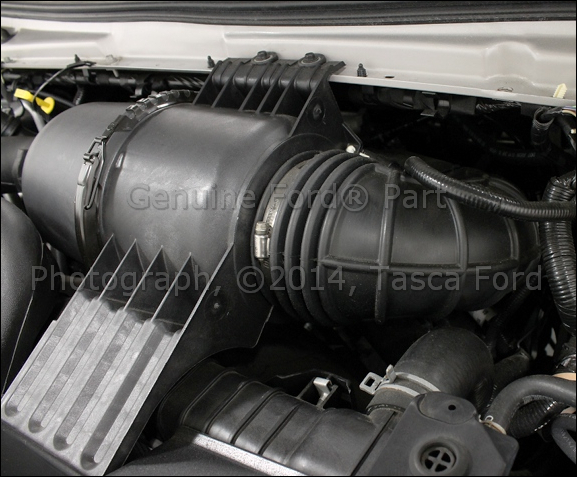 new oem air box to throttle body hose 2003 2004 ford e150. Black Bedroom Furniture Sets. Home Design Ideas