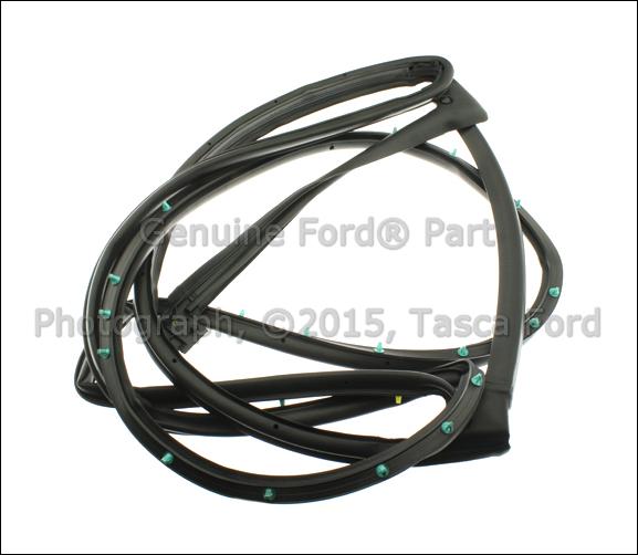 Ford Flex Sale: BRAND NEW OEM REAR RH SIDE ON-DOOR SEAL 2009-2013 FORD