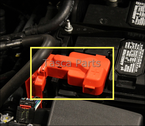 brand new ford fiesta oem positive battery terminal cover. Black Bedroom Furniture Sets. Home Design Ideas