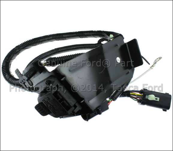 new oem 4 7 pin trailer tow connector 2001 2004 ford. Black Bedroom Furniture Sets. Home Design Ideas