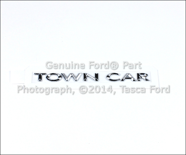 2011 Lincoln Town Car: BRAND NEW OEM TOWN CAR EMBLEM LINCOLN TOWN CAR 2003-2011