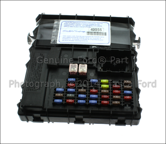 NEW OEM ENGINE COMPARTMENT SMART JUNCTION BOX 2006 FORD ...
