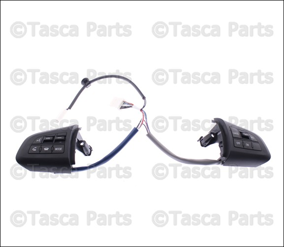 new oem steering wheel audio / cruise control switch 2010-2013 mazda 3 &  speed3